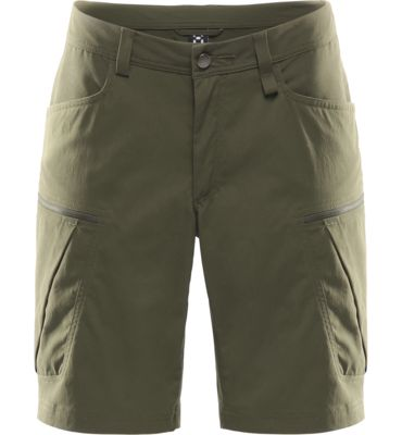 Mid Fjell Q Shorts are made from tough Climatic™ stretch fabric, which achieves astonishing durability without harming the environment in its construction. We've included many functional pockets.