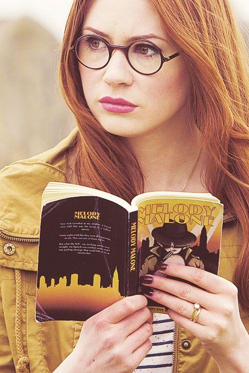 Amy Pond reading Melody Malone