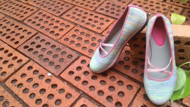Emma Pink with rainbow stripes IDR 170 k