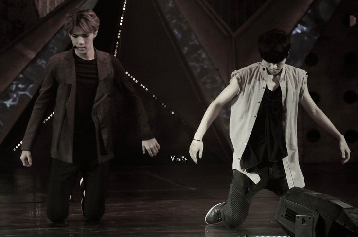 140921 EXO The Lost Planet in Beijing Day 2 - Sehun & Luhan #HunHan ♥