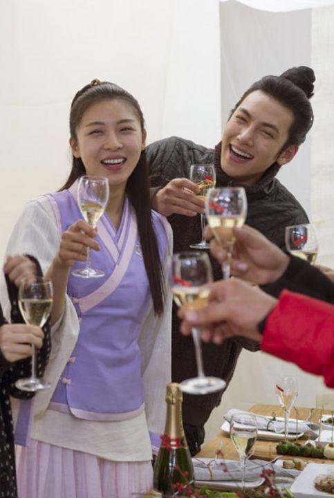 Ha Ji Won FM w/ 1023 and Empress Ki Cast - Ha Ji Won (PH 1023)