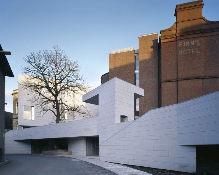 Gallery of Department of Mechanical & Manufacturing Engineering / Grafton Architects - 1