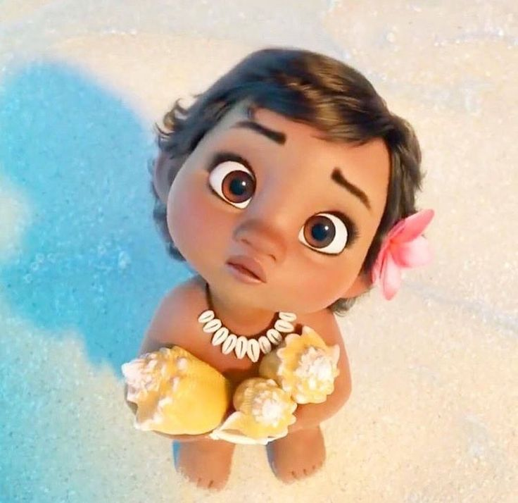 Moana. Baby meets the ocean.