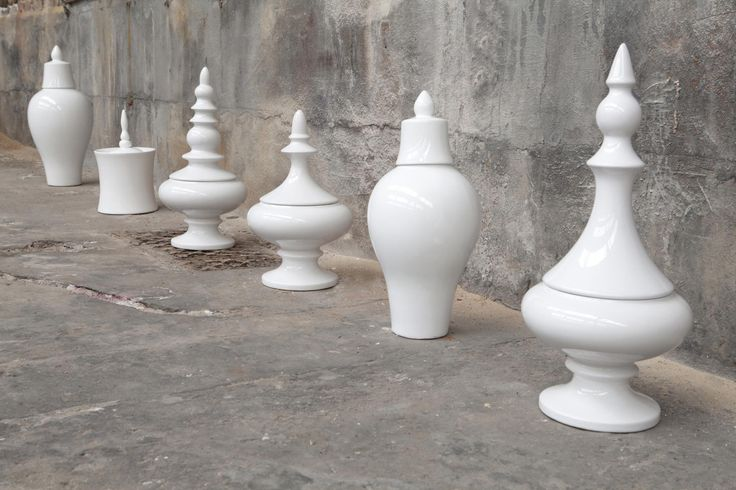 Serax Maison d'être - vasi bianchi