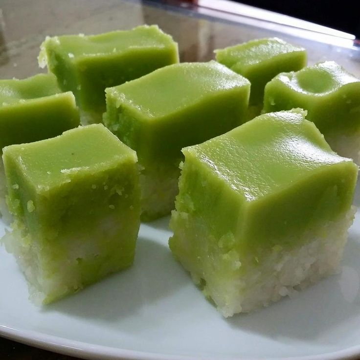 Singapore Home Cooks: Kueh Serimuka by Flora Ng S W