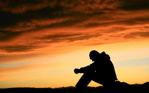 Παρηγοριά Θεέ μου δώσε σε όλους τους χριστιανούς   τις δύσκολες τούτες στιγμές που όλοι τους περνούν   τα απαραίτητα προς το ζην και ...