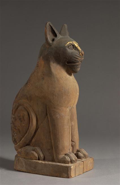 Cat sculpture, Sarcophage de chat, Egypt, late period basse époque (664-332 av J.-C.) Musée du Louvre