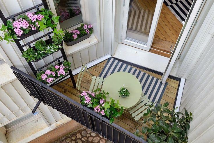 Mit diesen Tipps verwandelt sich Ihr kleiner Balkon in eine Wellness-Oase