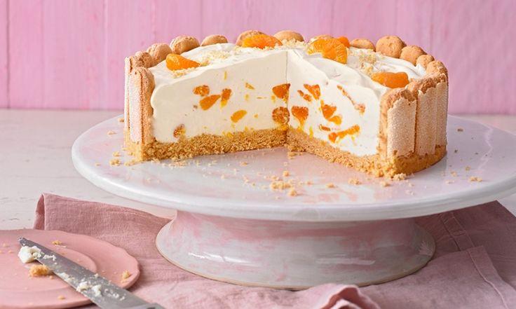 Leichte Torten schmecken cremig und fein, belasten das Kalorienkonto aber trotzdem nicht übermäßig. Wir haben Tipps und Rezepte für herrliche leichte Torten.