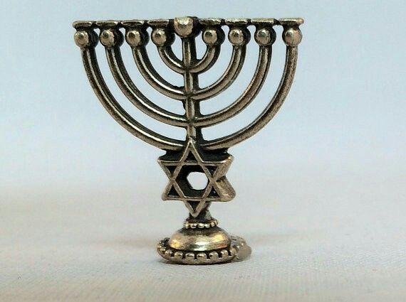 Mini Hanukkiah | Hanukkah menorah, Menorah, Hanukkah candles