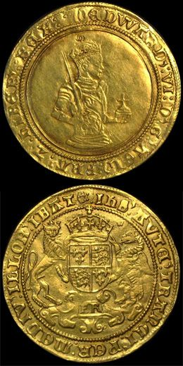 """The first Gold Sovereign was an English hammered coin first struck in 1489, during the reign of King Henry VII of England (1485-1509). Lord Daubeney & Bartholomew Reed, joint masters & workers of the mint by Royal appointment, were given instructions to create a new gold coin at the """"standard fineness"""" - 958 fine,also known as 23 carat; the standard for gold at the time."""