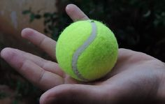 Si vous avez des balles de tennis qui traînent dans le garage alors cette astuce…