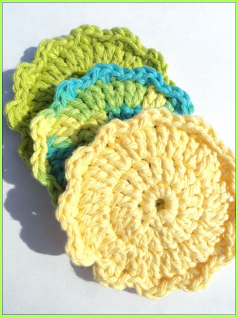 Handmade cotton face scrubbies by valentinefiberarts on Etsy, $4.75: Handmade Cotton, Facial Scrubbies