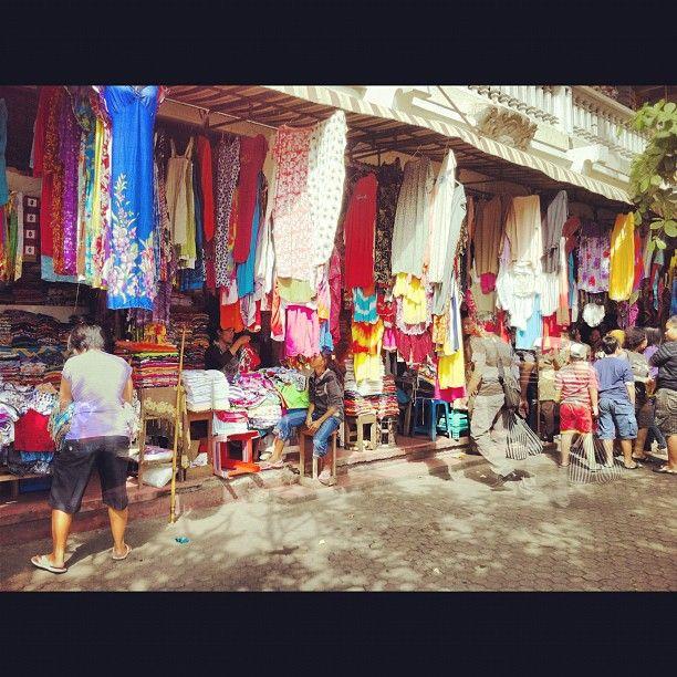 Pasar Seni Sukawati (Sukawati Art Market) di Gianyar, Bali