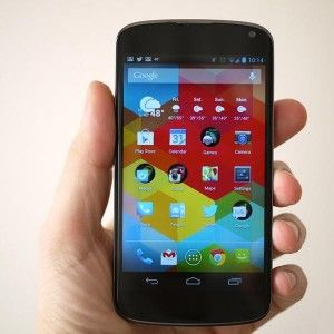 Google Nexus 4 – Best Phone 2013