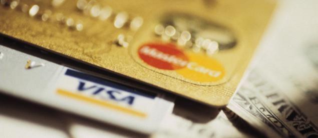 Financiar las compras con tarjetas de crédito es una opción muy extendida en nuestro país, pero los titulares de estos productos prefieren utilizarlas sin tener que pagar intereses. Es lo que refle…