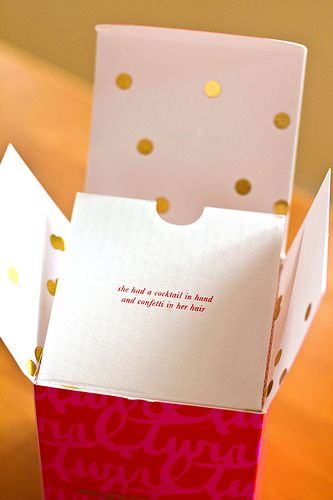 Kate Spade packaging kate spade is absolutely GORGEOUS!!!!!