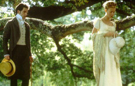 Jeremy Northam (Mr. Knightley) and Gwyneth Paltrow (Emma Woodhouse) - Emma directed by Douglas McGrath (1996) #janeausten