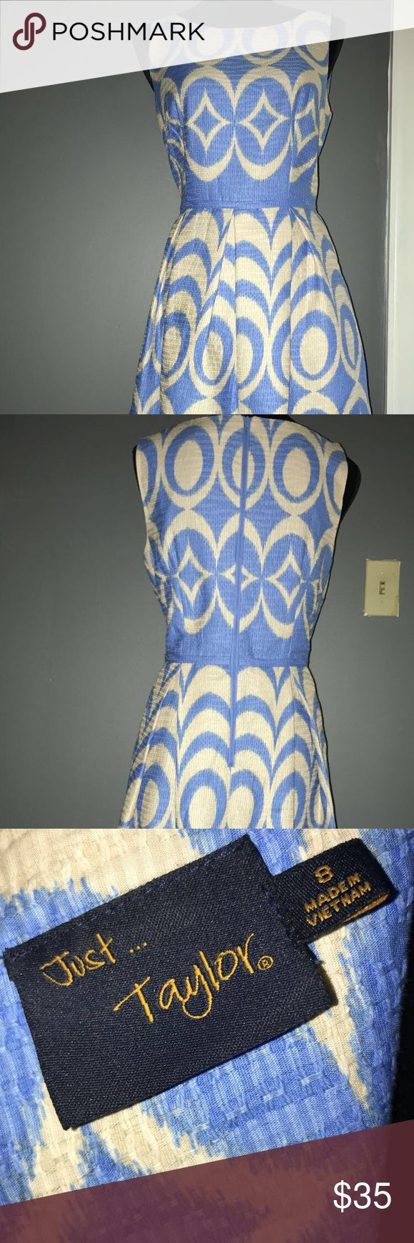 JUST TAYLOR Women's Dress Beautiful and elegant blue and cream dress with a fun pattern, fit and flare with side pockets.  Perfect for a wedding or any formal occasion. Dress is in great condition Dresses Midi