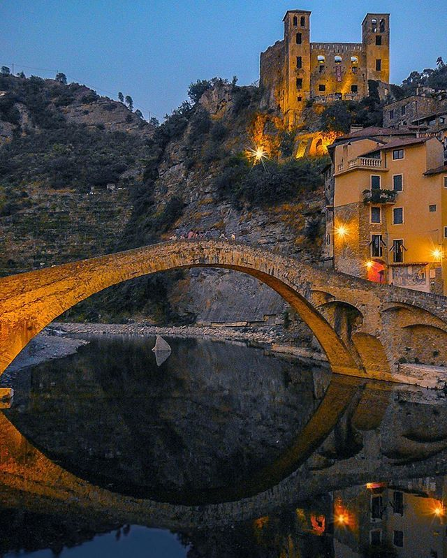 One more travel memory: Ponte Vecchio di Dolceacqua with the Castello dei Doria