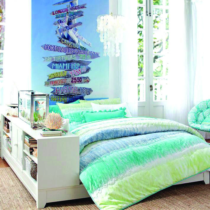 Beautiful Beachy Bedrooms Dova Home Small Apartment Bedrooms Beach Theme Bedroom Decor Beach Themed Room Decor
