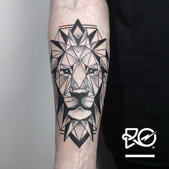 Magazine , Tatouage lion  7 inspirations d\u0027un symbole de puissance ,  Allotattoo