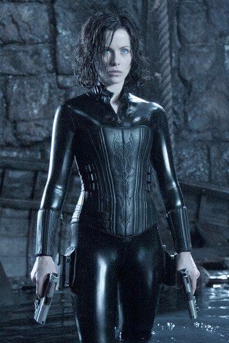 If you'd like to be sexy Selene from the Underworld movies, I have just the perfect Selene Underworld costumes for women.