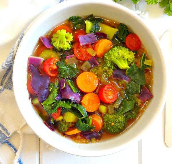 Recette santé de soupe détoxifiante aux légumes!