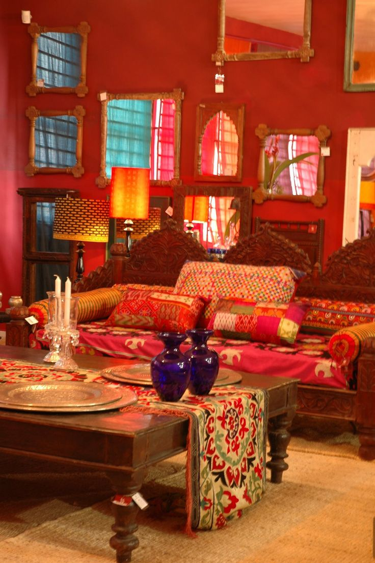 Indian living room decoration - Traditional Indian Living Room Vibrant Red Interiors I Like The Mirrors Everywhere Reflecting The Light From The Windows
