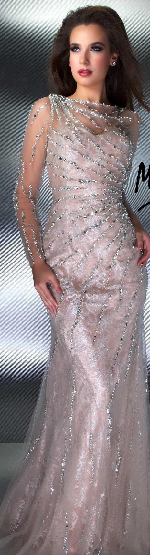 vestido longo elegante coleção Mac Duggal com bordados --------------------------------------------- http://www.vestidosonline.com.br/modelos-de-vestidos/vestidos-longos