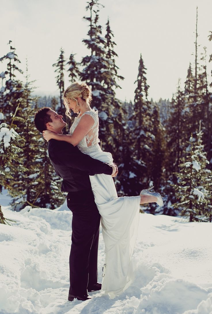 Best 25+ Small Winter Wedding Ideas On Pinterest   Hot Chocolate Party,  Christmas Parties And Hot Cocoa Bar