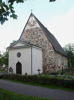 Pojo kyrka (finska: Pohjan kirkko) även S:ta Maria kyrka i Pojo byggdes på 1400-talet och är belägen i Pojo i Finland.  2001 renoverades hela kyrkan grundligt och vatten, värme och elektricitet sågs över. Belysningen av kyrkan planerades om helt. Man såg även över bänkarna, textiler och övriga möbler.   Orgeln i Pojo kyrka är byggd av Kangasala orgelfabrik 1975 och omfattar 22 stämmor.