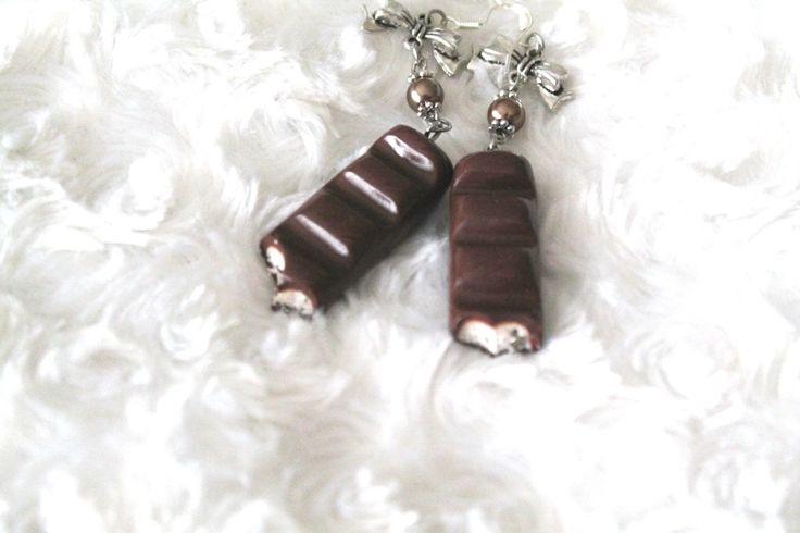 Boucles d'oreille gourmandise barre chocolaté en fimo : Boucles d'oreille par tom-fimo-creations