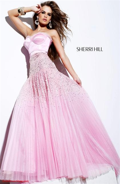 Sherri Hill omg she is a great designer i dont know how to descrivpbe dis beautifulness