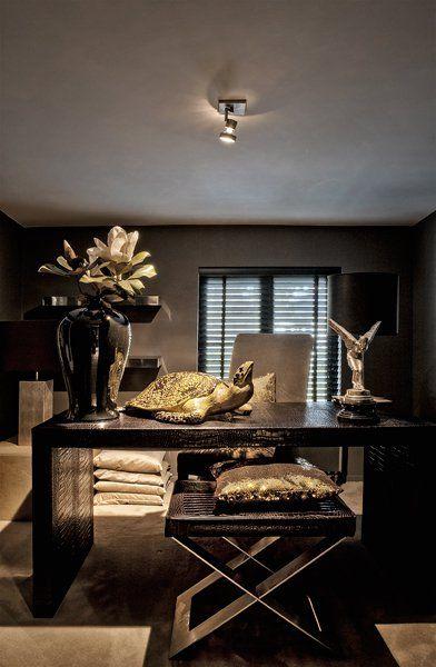 The Netherlands / Huizen / Headquarters / Study / Eric Kuster / Metropolitan Luxury