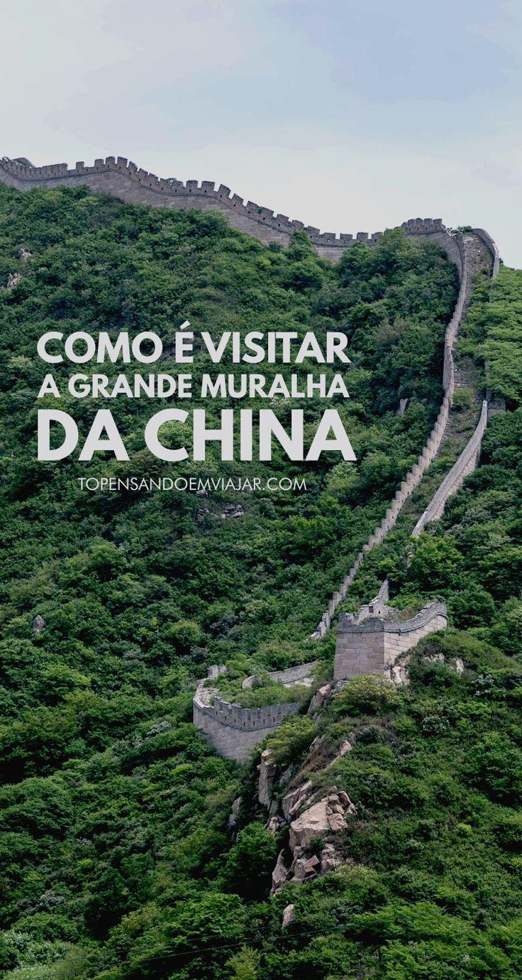 Visitar a Grande Muralha da China é uma experiência inesquecível. Ela é uma das grandes construções feitas até hoje e pode ser visitada em uma curta viagem a partir de Pequim, capital da China. Saiba mais sobre essa incrível experiência no Tô pensando em viajar.