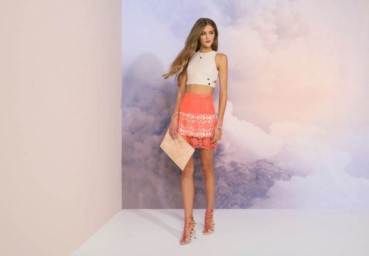 https://joshv.com/kleding-joshv/collectie/seventeen-joshv-17 Major summer trend alert! The JOSH V Jayna top combines the two biggest trends of today: cut-outs and crop tops. Combine the top with a lace Marvy Skirt for a sophisticated outfit. Add a pair of Healy Heels and the Caressa Clutch for an extra summery look. #JOSHV #Highsummer #Summer #Lookbook #Cutout #Croptop #Top #Skirt #Lace #Heels #Clutch