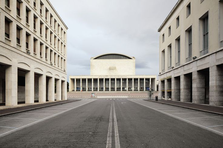 Palazzo dei Ricevimenti e dei Congressi at the EUR in Rome. Classical repetition and rhythm to create a hierarchy of urban spaces.