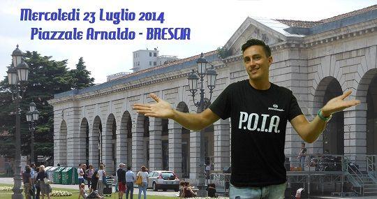 Cena all'aperto in Piazzale Arnaldo Brescia con Vincenzo Regis http://www.panesalamina.com/2014/27297-cena-allaperto-2014-brescia.html