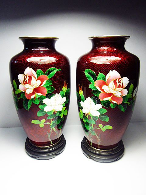 Two Beautiful Japanese cloisonne Ginbari Foil Enamel vases