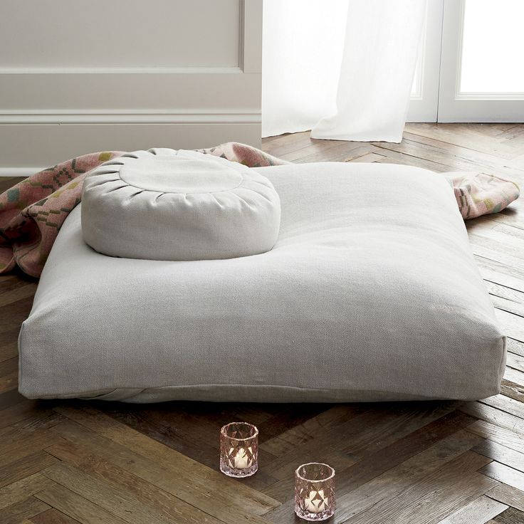 goop x CB2 | Sedona Large Zabuton Floor Pillow | Goop