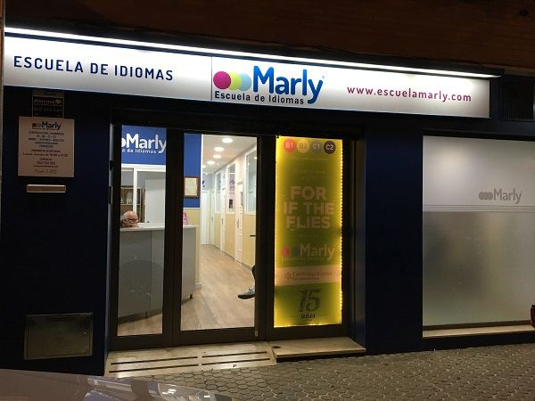 https://www.escuelamarly.com/Marly-Importante-ense%C3%B1ar-mujeres-a-ni%C3%B1as Escuela de Idiomas Marly de Nervion Sevilla Academia de ingles de Nervion Sevilla www.escuelamarly.com