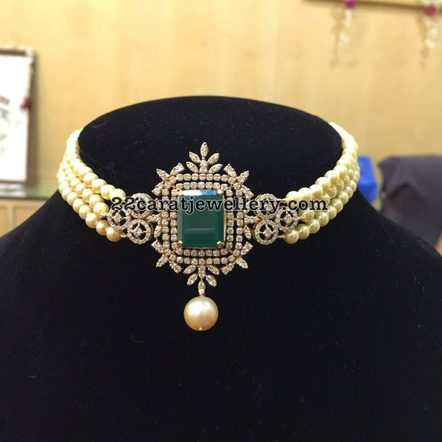 Pearl Choker with Center Locket - Jewellery Designs