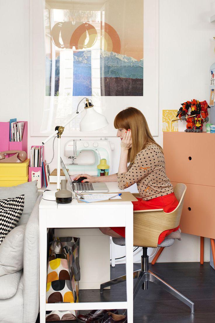Blogguer à la maison, vivre de sa passion en ligne http://www.leblogdelamechante.fr/blog-mode/11-ans-de-blogging/