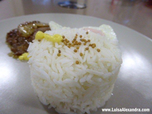 Muitas são as dúvidas que chegam até mim relativamente a cozinhar arroz na Bimby. Nada mais fácil, queridos amigos  Bem se tomando o jeito não se quer outra coisa, garanto-vos! O segredo para o arroz ficar ao jeito que gostamos é fazer na Bimby o que se faz tradiiconalmente no tacho. Nem todaRead More »