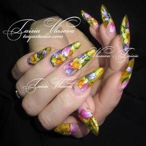 Дизайн ногтей 16: Весенний дизайн ногтей с тюльпанами и нарциссами