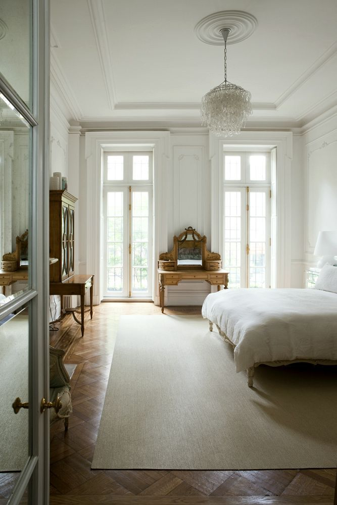 Plaster Ceiling Design + Architectural Mouldings - laurel home | lovely white on white bedroom with wonderful architectural detailing