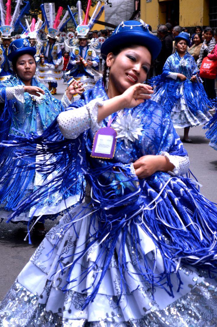 Grupo de danza de Puno - Lima - Perú. | Los bailes tradicionales del Perú son demostración de la riqueza cultural de esta nación hermana.
