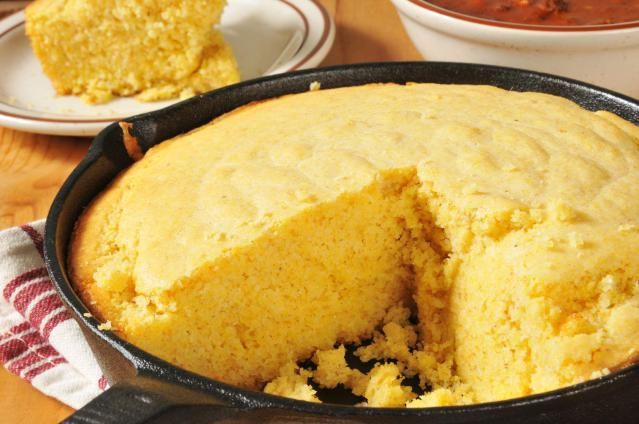 Yeast Cornbread Loaf Recipe: Crispy and golden on the outside, tender and delicious on the inside; it's sure to be a hit at your Thanksgiving table.