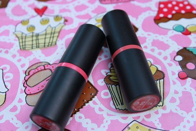 Essence || Vernieuwde Lipsticks – Colour Crush & Coral Calling | LinvanT